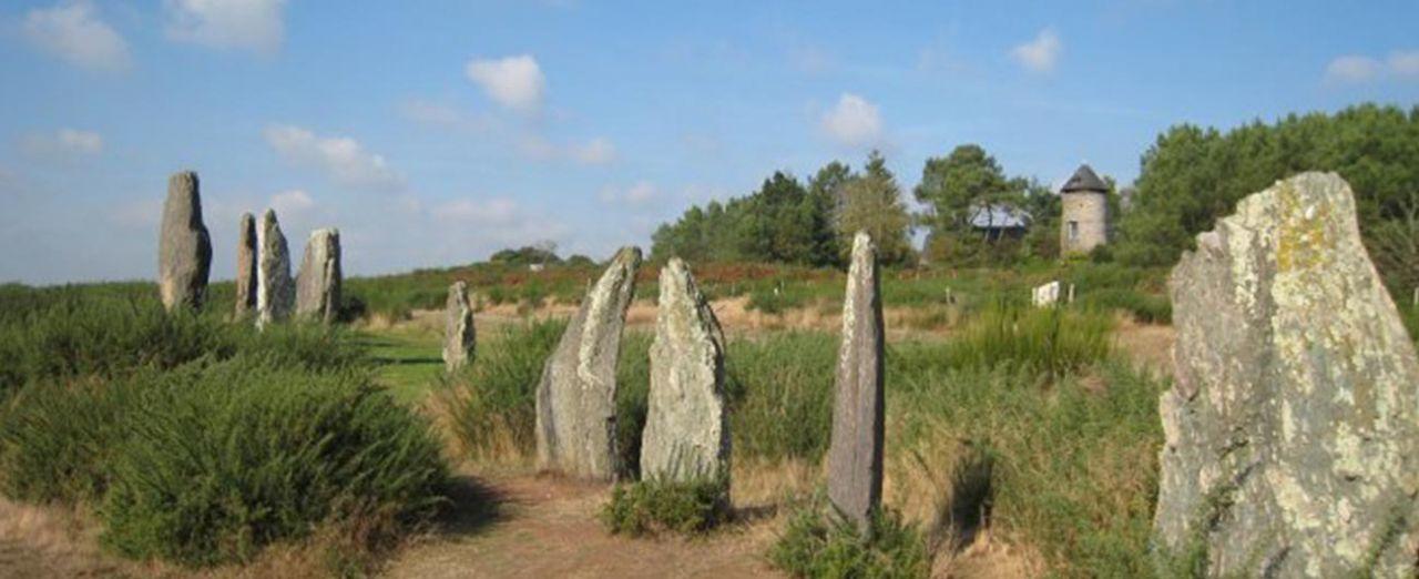 Dolmen Ouest restauré (Photo : JCArquié)